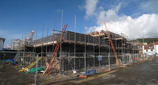 Huge impact on smaller builders: Increasing lay-offs