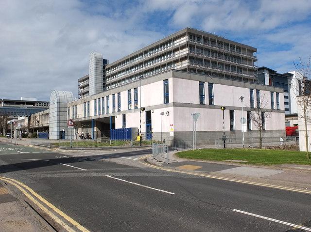 Graham to start works under £223m Aberdeen hospital deal
