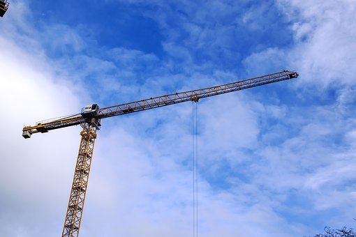 Chelsea Creek tower crane now stands at its 105m max