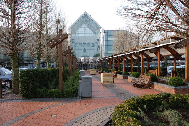 Merry Hill draws £50m investment plans